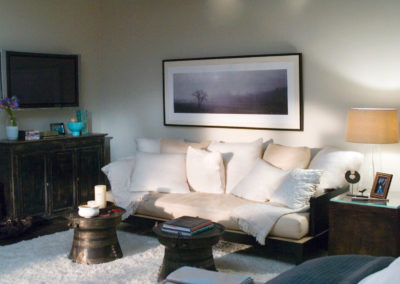 Holiday_Bedroom_Seating Area